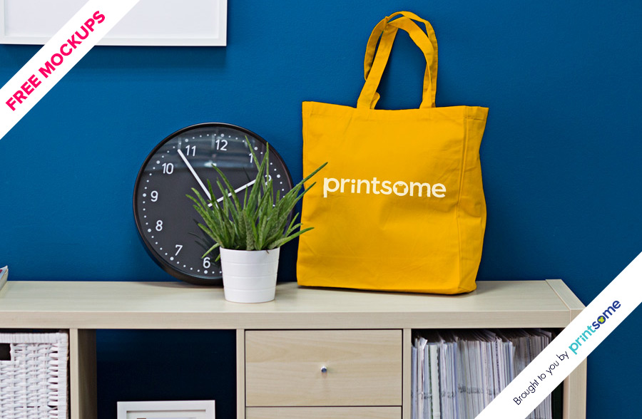 06_Tote-bag-clock-mockup