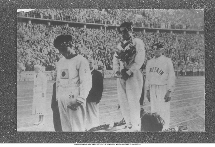 Harper Ernest of Great Britain earns silver for marathon at the 1936 Berlin games .
