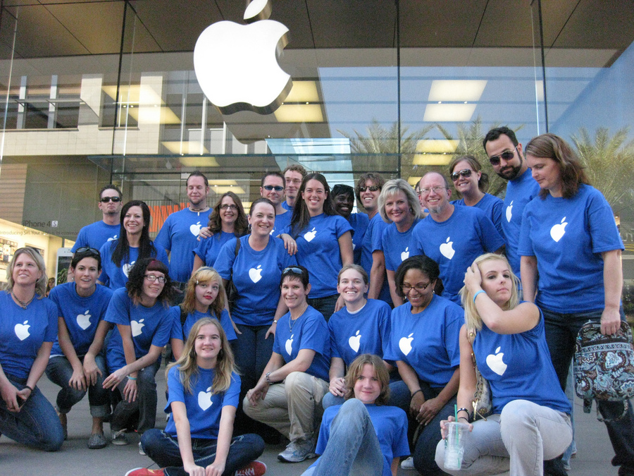 Apple printed uniforms, custom t-shirts