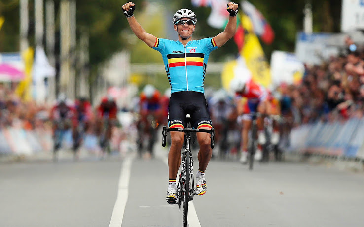 VALKENBURG, NETHERLANDS - SEPTEMBER 23: Philippe Gilbert of Belgium celebrates as he crosses the finishline to win the Men's Elite Road Race on day eight of the UCI Road World Championships on September 23, 2012 in Valkenburg, Netherlands. (Photo by Bryn Lennon/Getty Images)