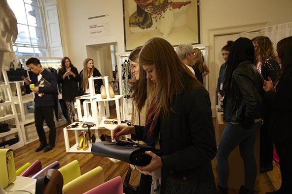 london, fashion, fashion weekend, shoppers, design