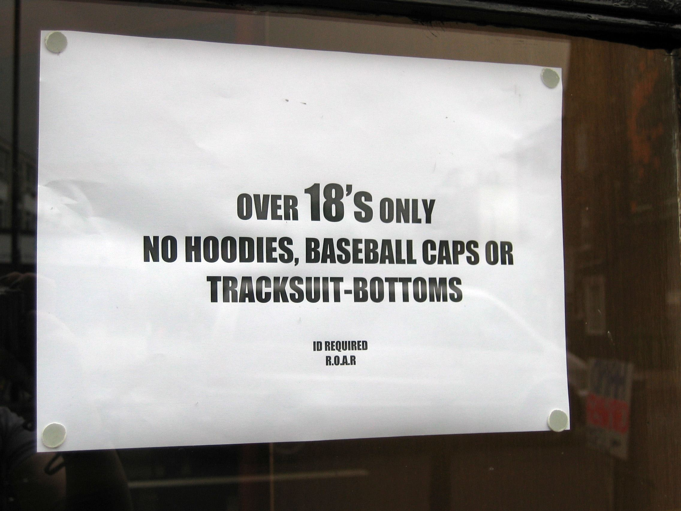 No hoodies sign