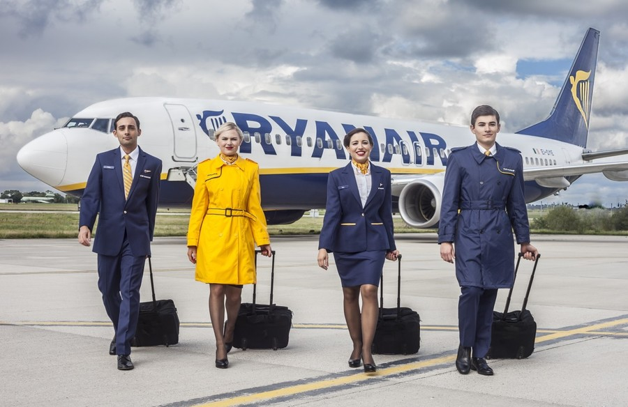 Ryanair Workwear, corporate clothing,