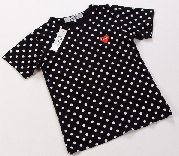 brand-men-s-t-shirt-COMME-Des-GARCONS-CDG-PLAY-dots-red-heart-polka-dot-cotton