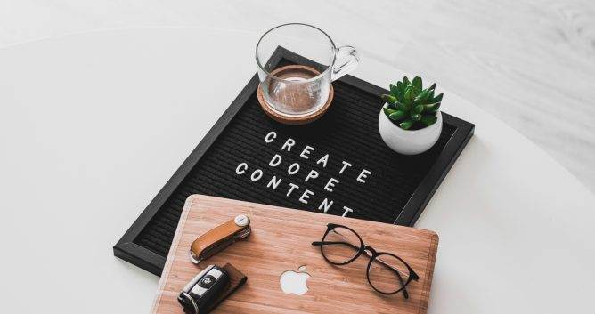 content marketing for e-commerce, laptop, create dope content
