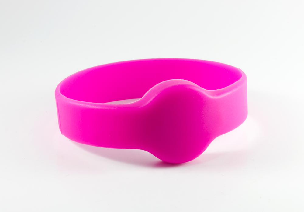 Plastic wristband with an RFID tag