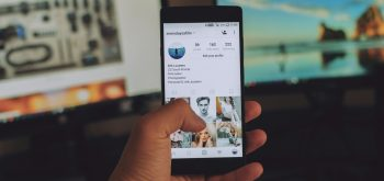 how to sell t-shirts on instagram, header image