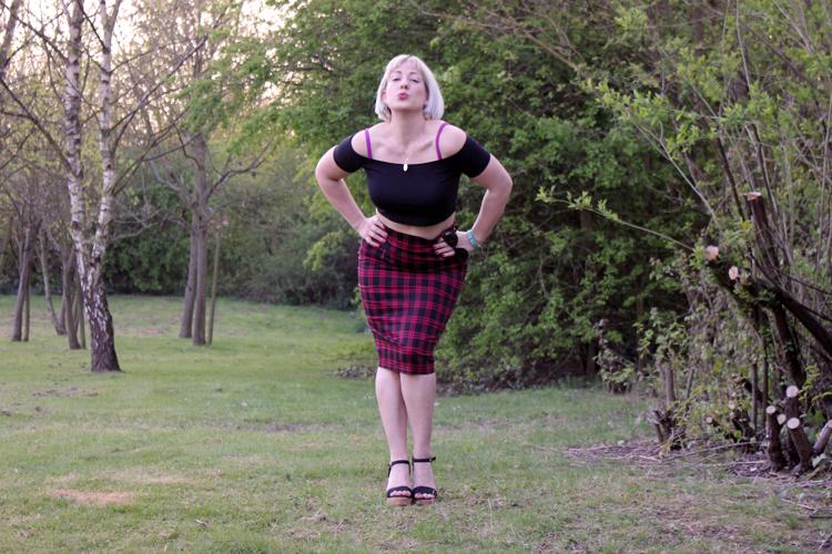 UK Fashion Blogger Retro Chick